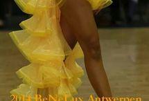 Šaty show
