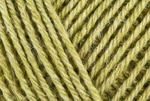 Hazeltjes Swap Alyson / Mori girls, groen, petrol, paars met een likje mosterdgeel. Romantisch stoer, durven in kleur. Streepjesbenen. Warm scandinavisch. :)