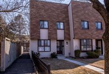 189 Spring Head garden #19, Richmond Hill #Forsale / Beautiful end unit #townhome for #sale in #RichmondHill  #Realestate