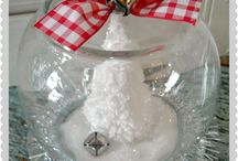 Christmas Crafts / by Carlene Gramhofer