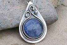 metal jewel