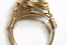 Rings  - gyűrűk