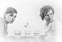 TEATR KREATURY Kobieta jako pole bitwy / Spektakl w przygotowaniu. Anna Kukułowicz (OTL) i Ewa Pawlak - fot. Przemek Wiśniewski