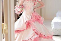 Suknie ślubne i balowe