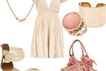 Clothes / by Mayra