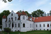 Golubie - Pałac / Pałac w Golubiu należący do rodziny von Stillfriedów zbudowany został w 1894 r. W1928 r. Graf zbankrutował i wszystko przeszło na skarb państwa niemieckiego. Z kolei po II wojnie światowej, a szczególnie po 1975r. porzucony pałac ulegał dewastacji. Obecnie pałac jest własnością prywatną.