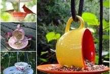 Teapot birdfeeder