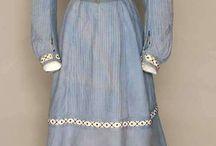 Edwardian sea-side dresses