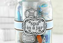 Gift ideas / by Sara O'Brien