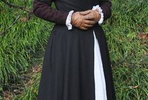 Early Tudor fitted gown