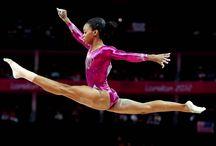 Gabrielle Douglas ❤️ / Gabrielle Douglas et une gymnaste très talentueuse
