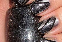 nails / by Anna Kramarevskiy