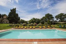 Castelrotto Charme&Confort / Residenza immersa nel panorama tra Toscana e Umbria ove godere di pace e relax www.agriturismocastelrotto.it