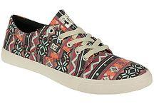 Shoo-shoo-shoes