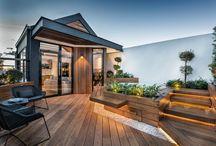 Rooftops/balconies/terraces