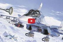 Video: Sukhoi Su-34 Fullback - The Flying Tank