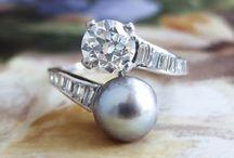 Lorraine black Pearl ring
