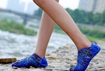 furoshiki shoes - portable shoes for all activity / Portable shoes that you can use it for all activity, bring it anywhere. This portable shoes has minimalis design, it will wrap your foot perfectly.