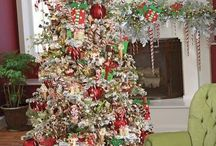 gaudy christmas trees / by Sydney Traylor