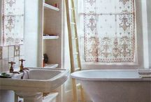 Farmhouse Style Bathrooms / Vintage and rustic bathroom style ideas.