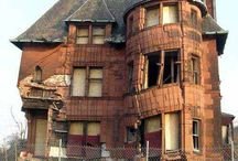 House / Homes - Palaces, castles, apartments, deserted, haunted...