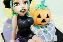 Halloween Cake & Cup cakes
