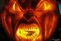 Halloween & Scurry Things / halloween and horror