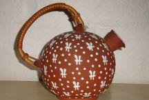 ZEUTHEN/NORDISK BRUGSKUNST Ceramics - Danish Ceramics Pottery - Dansk Keramik / ZEUTHEN Ceramics and NORDISK BRUGSKUNST, Gentofte was founded by Henrik Normann Zeuthen 1948 and 1946.