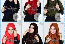 Jilbab Kerudung / Kami menjual berbagai jilbab branded terbaru seperti Elzatta, Zoya, Shafeeya, Mezora, dll