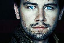 Beautiful men / by Veronica Goode