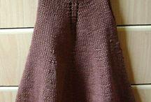 Knitting / Knitting ideas / by Lyn Bolt