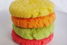 Cool baking ideas / by Averee Brett