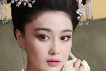 Geisha? / Asian Beauty