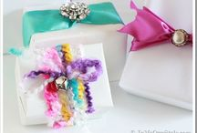 Gift Wrapping Ideas / by Ginny Gulotta