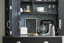 Breakfast cupboards / Keep your morning essentials neatly tidied away