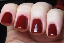 Beauty ~ nail polish Ω
