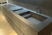 20 beaux dessins de cuisine avec des éviers en pierre