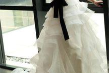 The Dress / Til brud og gæst
