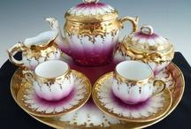 Decor / Tea sets, vases, etc.