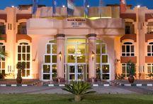 فندق سويس ان دوم مارينا , العين السخنة بمصر / يقع على الكيلو 82 من طريق السويس الزعفرانة
