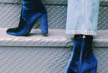 How to style blue velvet boots