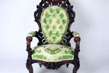 Armchair antique / Armchair