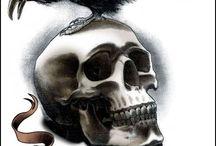 Krähen-Tattoos