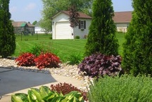 Outdoor Landscaping / by Sarah Barylski