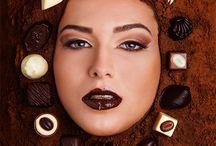 """Calendar 2014 / Calendarul Luado Chocolate® 2014: """"Ciocolată şi frumuseţe"""". Realizat in colaborare cu www.adrianvaju.com"""