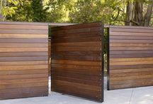 Забор и двор