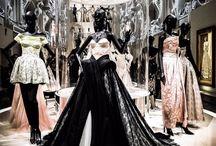 Christian Dior, couturier du rêve exhibition Paris