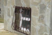 Решетки на окна / Кованные и сварные решетки на окна