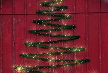 Christmas Lights and Decor Inspiration / Brighten up the holidays with the festive Christmas light ideas and decor inspiration.
