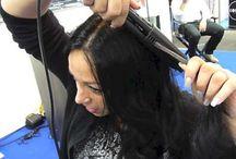 Vidéos et tutos pour boucler ses cheveux avec un fer à lisser / Toutes les vidéos et les tutos pour apprendre à boucler ses cheveux avec le fer à lisser L'liss. De super astuces et combines à découvrir en image